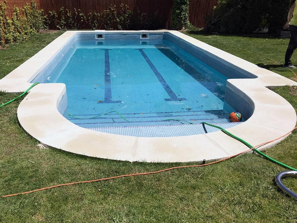 Reparación de piscina unifamiliar